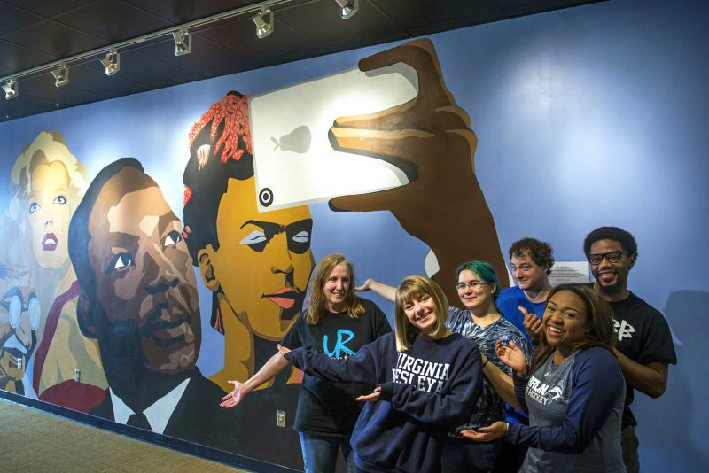 Marlin Mural Team in teh Batten Center 2016