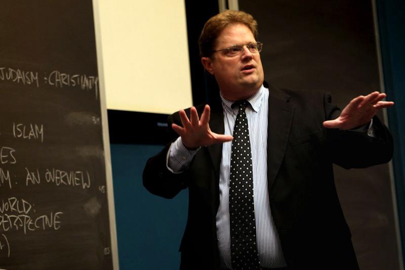 Professor of Religious Studies Craig Wansink Selected for Seminar on Teaching Interfaith