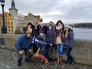 Virginia Wesleyan students on the Charles Bridge in Prague, Czech Republic, January 2017. Photograph by Prof. Sara Sewell.