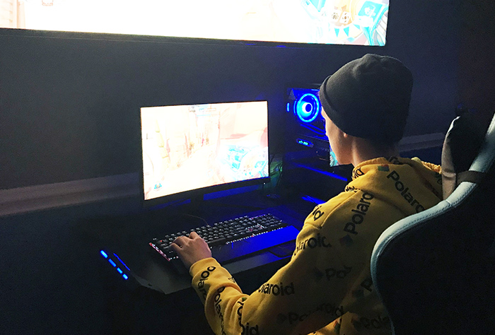 Esports player Trey Massey '22 is a double major in biology and psychology at Virginia Wesleyan.